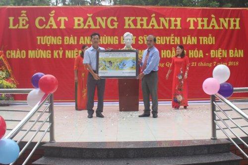 Một số hình ảnh tại lễ cắt băng khánh thành tượng anh hùng liệt sĩ Nguyễn Văn Trỗi  (3).jpg