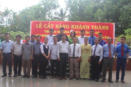 Một số hình ảnh tại lễ cắt băng khánh thành tượng anh hùng liệt sĩ Nguyễn Văn Trỗi  (6).jpg